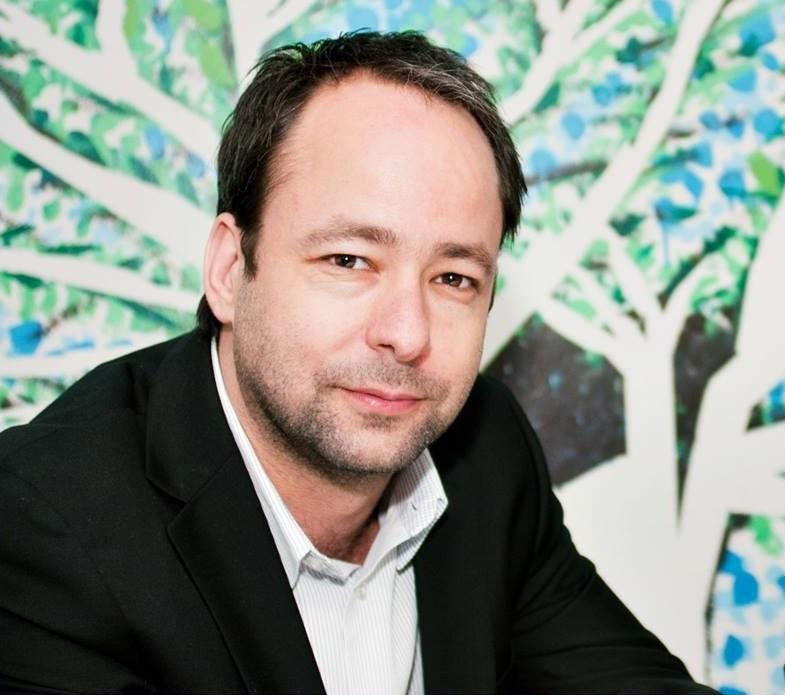 Autor Bernardo Lustosa